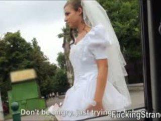 Dumped panna młoda amirah adara ends w górę fucked w the publc