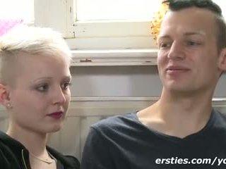 Pãƒâ¤rchen hat heiãƒâŸen sex! gefilmt von ersties.com
