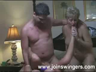 Eldre gruppe swingers intimacies
