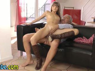 Amatør tenåring fingring anal handling