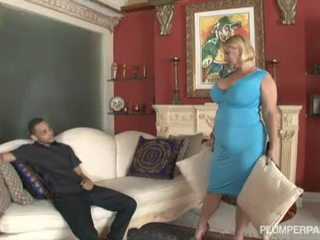 Samantha 38g and angelina castro double team gyzlaň söýgülisi