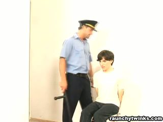দুষ্টু b-y arrested এবং হার্ডকোর