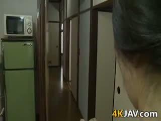 Väga kiimas jaapani abielunaine