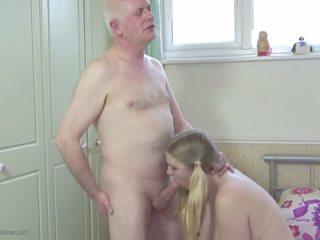 Тато s stepdaughter: дочка hd порно відео 2d