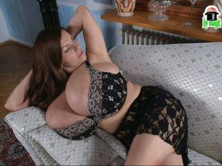 Morph bonanza: duży naturalny cycki hd porno wideo 2b