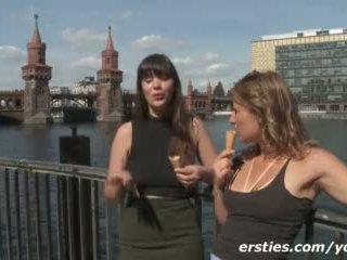 Nam turist dekleta having fun in filming sami v germany video
