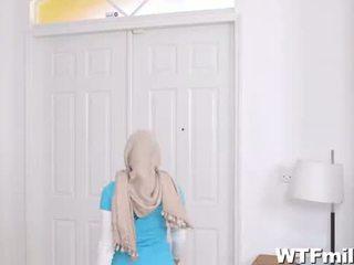 Julianna vega e mia khalifa adorazione il cazzo