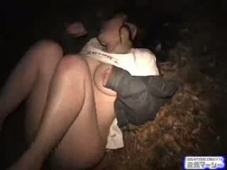 Krūtinga azijietiškas mokinukė ambushed (fantasy) video