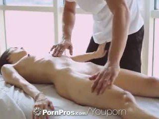 Pornpros - حار الآسيوية beauty elana dobrev gets ل جنسي فرك إلى