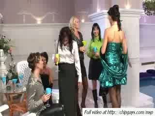 Sangat indah wanita minuman dicktails