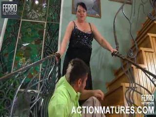 Mescolare di filmati da azione matura