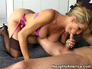 Breasty läraren emma starr acquires fittor eaten och deepthroats enormt ung balle