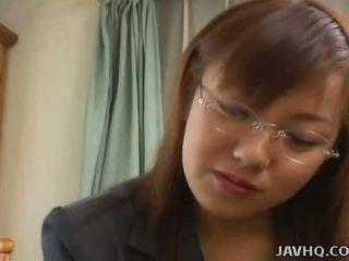 Dögös japán picsa szar nál nél otthon uncensored