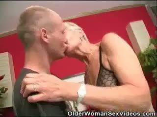 blowjobs, grannies, bręsta