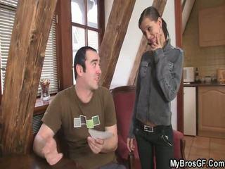 Bf finds jego dziewczyna cthat guyating