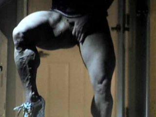 큰 음핵 과 큰 muscles