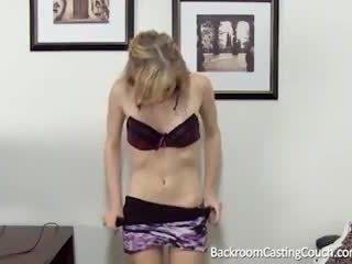 Barely oikeudellinen anaali & creampie valu