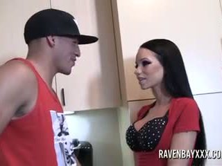 Raven Bay rough fuck and getting Milk