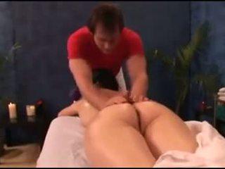 MILFs Massage