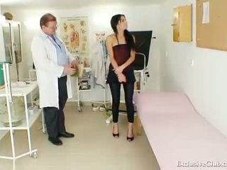 gaping, spreading, vagina