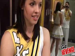Tegar seks dengan cheerleaders gambar galeri