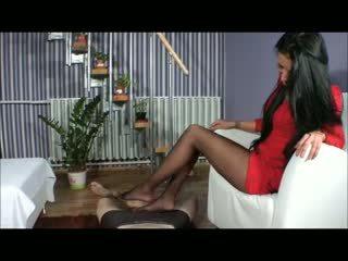 Goddess amy z nogo - bootjob - s čevlji