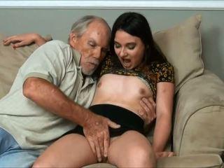 Amy faye - ja did a veľmi starý človek a otecko takmer prichytené nás