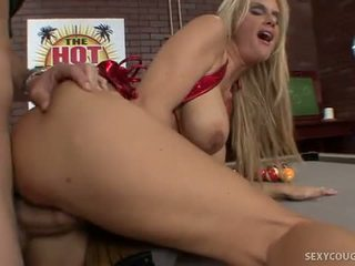 Sexy Rhyse Is A Best Of Breed Cougar