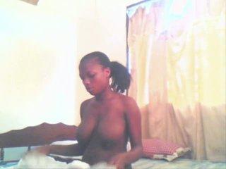 East africana chica aisha getting follada por su boyfriend