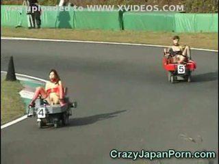 瘋狂的 f1 日本 色情!