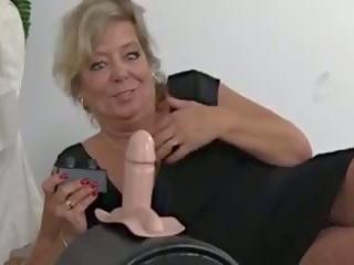 Krūtainas blondīne gilf sybian jautrība, bezmaksas krūtainas gilf porno video aa