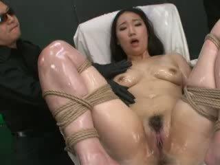 zasraný, japonec, mučení