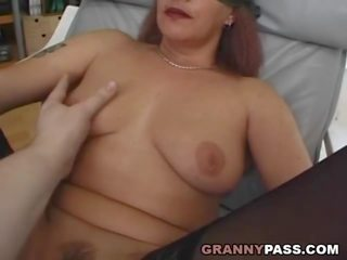 Deutsch oma cant see what shes doing, porno 08