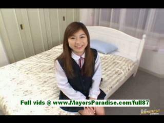 Ami hinata à partir de idol69 petite asiatique fille à maison talking