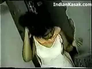 印度人 desi farhana 他媽的 很 硬 同 hubby