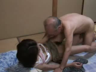 Japans grootvader ravishing tiener neighbors dochter video-