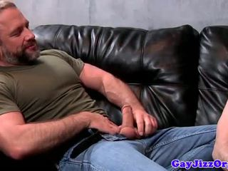 Muscled hunk sucked by cock hungry twunks