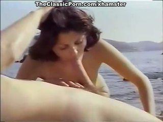 Klassinen porno varten seksikäs tyttö päällä the seashore