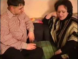 الروسية موم و ابن دهن