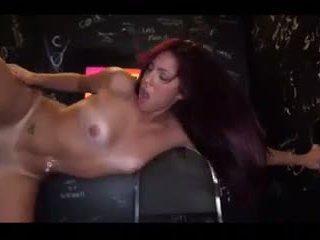 Sophia Steele fucks it through the gloryhole
