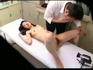 Spycam 음란 의사 uses 젊은 환자 02
