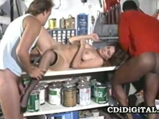 Rachel Ashley Horny Babe Threesome At The Garage