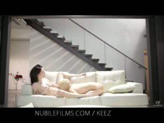 Aiden ashley - nubile phim - đồng tính nữ lovers chia thơm âm hộ juices