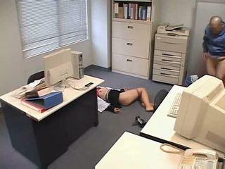 Molested 睡眠 辦公室 女士