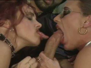 Bea dumas&carol bentley - 3lü ile 2 boys: ücretsiz porn 31