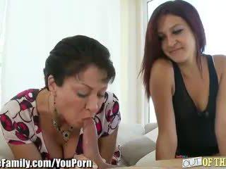 Teens mama teaches ji da suck tič
