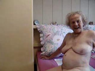 Γιαγιά having grate σεξ με του γριά γιαγιά βίντεο