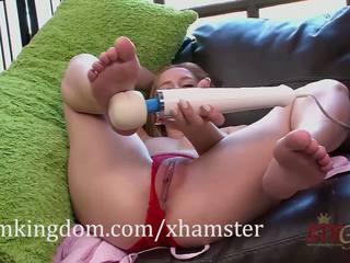 Hollie mack gets bekannt mit die hitachi magic wand