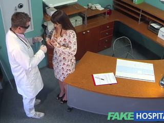 Fakehospital doctors meat حقن eases curvy patients bac