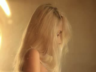 this, clip, blond